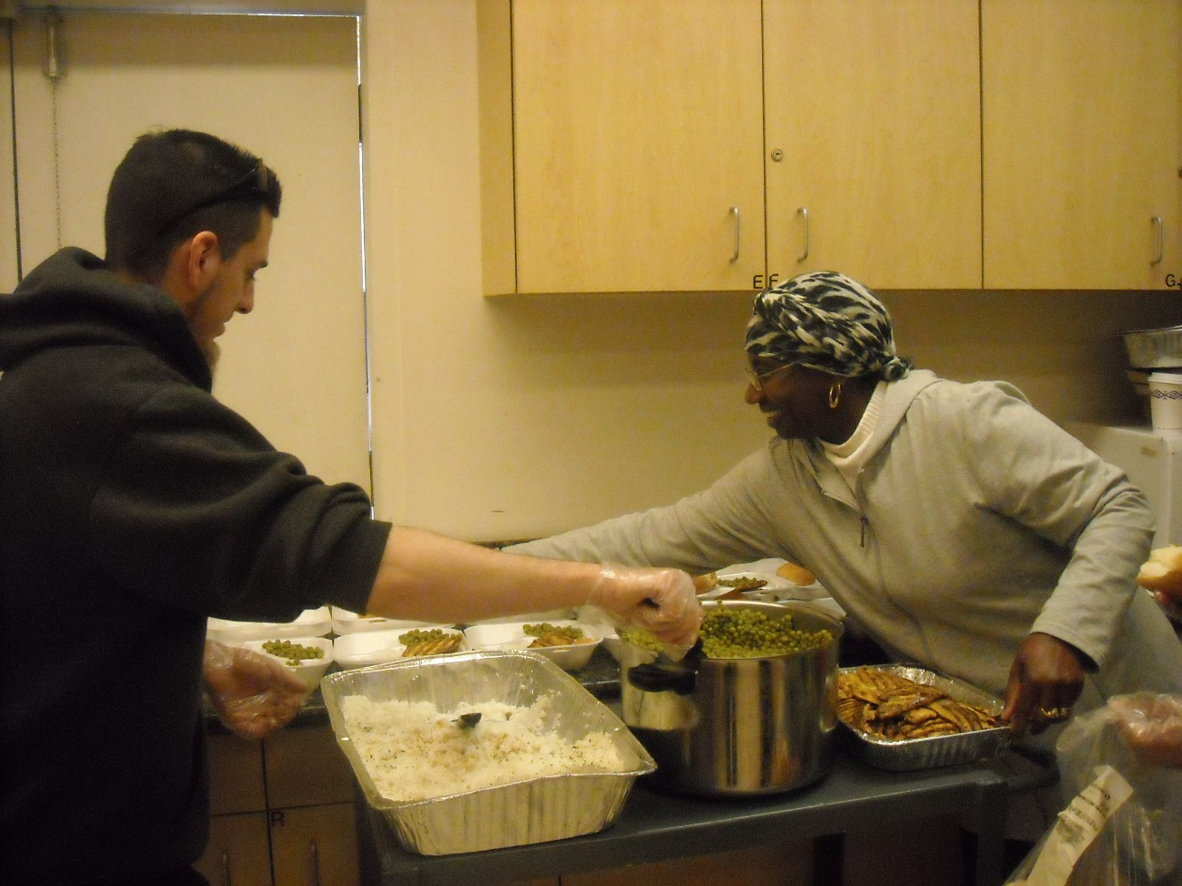 Lighthouse shares with the muslim community in preparing hot meals